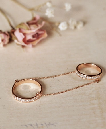 double-wedding-band-made-her-think-meredith-kahn
